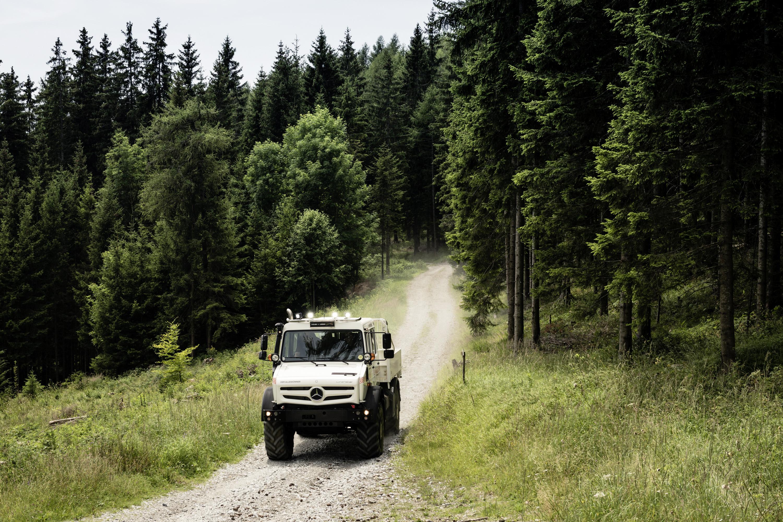 Unimog-off-road
