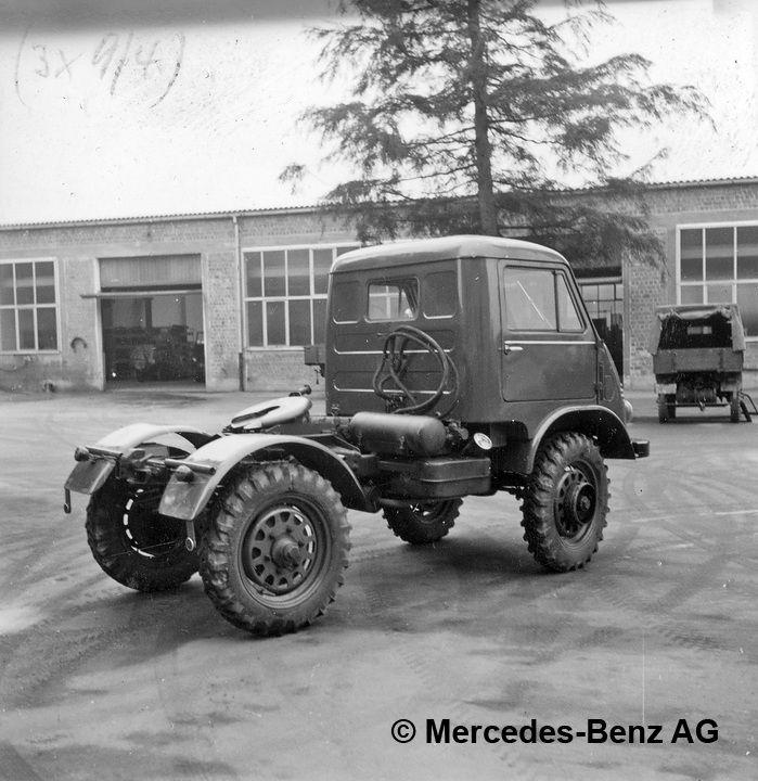 unimog u25, model series 402 tractor unit version